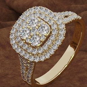 ⭐️HP⭐️Gold tone faux diamond ring size 9